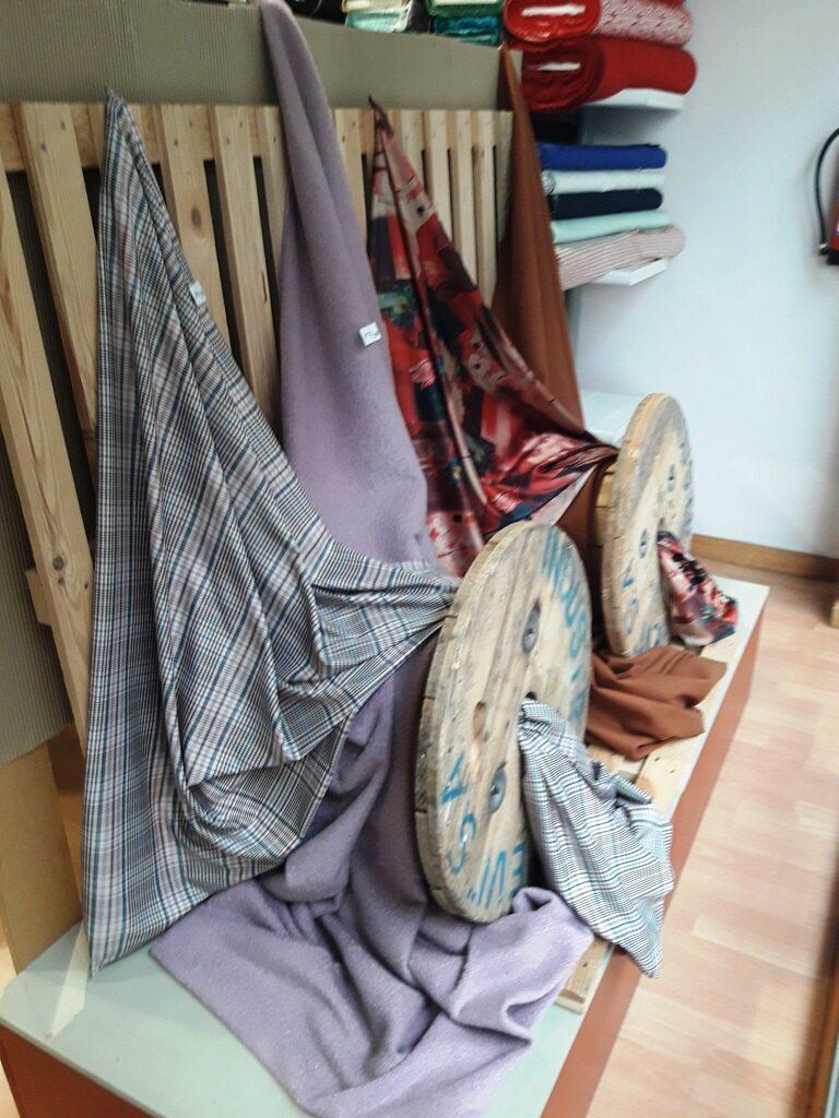 10 telas-abrigos-mujer-burgos